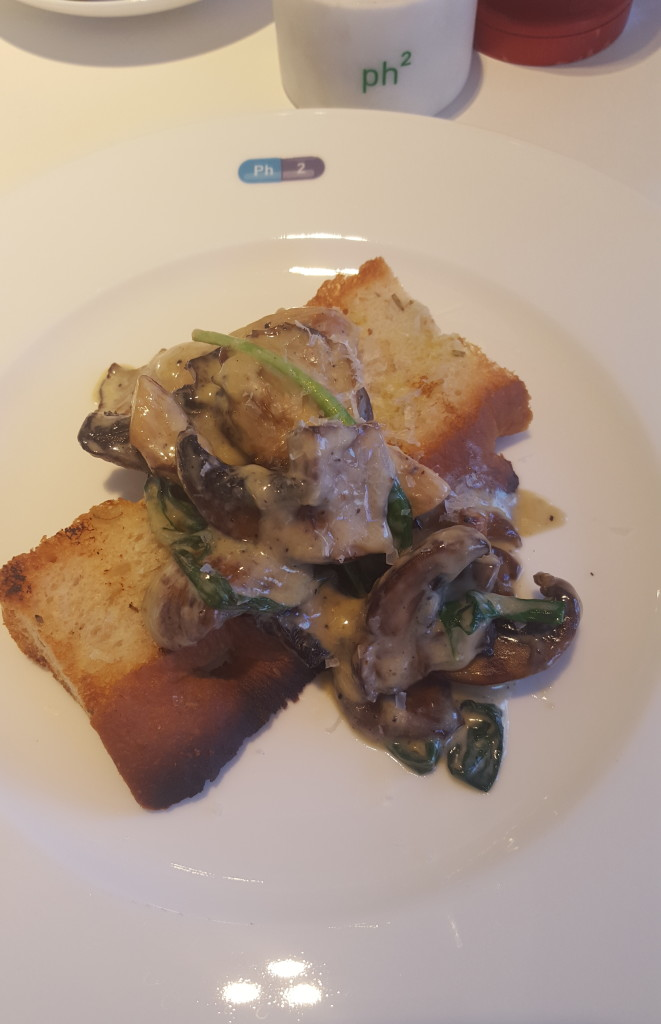 Fococcia with Mushrooms